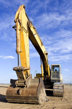 earth mover: Large earth mover
