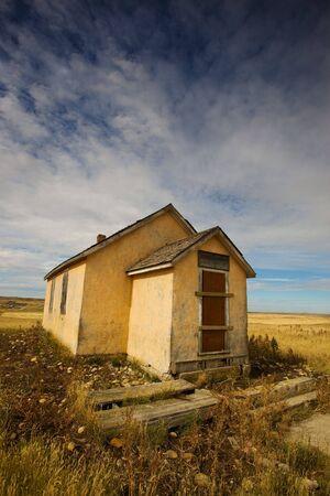 school house: Old abandonado la escuela a la casa de la pradera