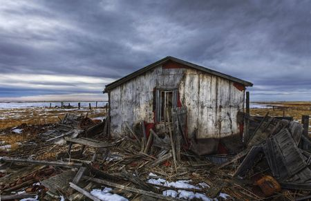 Old abandoned and derelict home on the prairie Stock Photo - 2515515