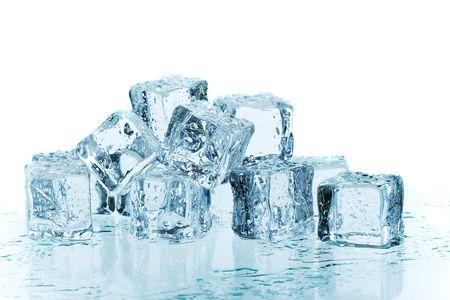 melting ice: La fusi�n de los cubitos de hielo azul dispararon utilizando geles