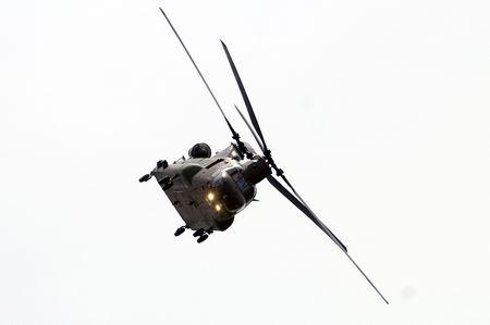 chinook: Boeing Vertol Chinook Helicopter durante terra ruolo di sostegno Archivio Fotografico