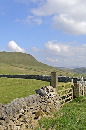 mam: View of Mam Tor near Castleton in the Peak District National Park Derbyshire England