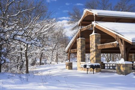 minnesota woods: a pavillion in winter, bunker hills county park, minnesota. Stock Photo