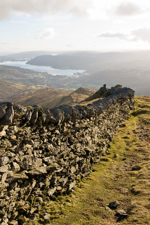 cumbria: Lake District Mountain Wall on Ridge down to Ambleside, Cumbria, England Stock Photo