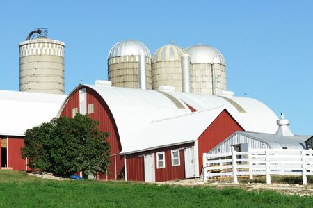 Red Barn and Four Silos Stock Photo - 3614267
