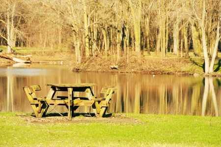 Picnic Table by Pond Stock Photo - 13276076