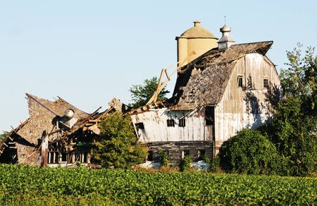 collapsed: Collapsed Barn