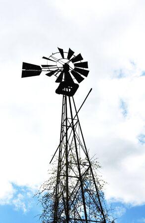 Broken Windmill Banco de Imagens - 18657092
