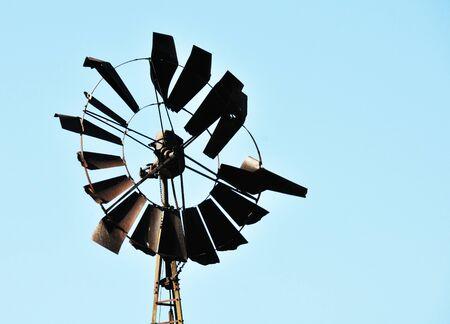 Broken Windmill Banco de Imagens - 18911404