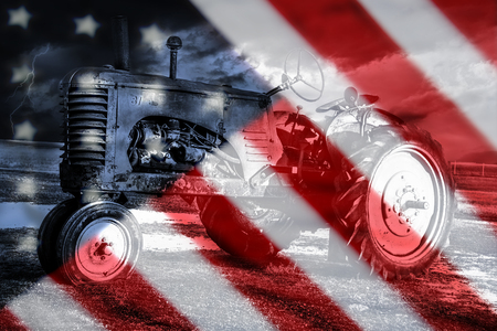 현충일 또는 4 월, 배경에서 오래 된 미국의 트랙터에 대 한 오래 된 미국의 국기 배경.