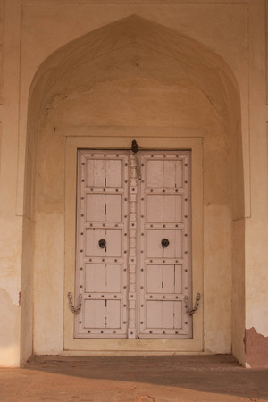 mughal: Looking at the ornate details Agra Fort in Delhi has to offer