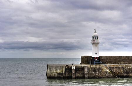 mevagissey harbour lighthouse Banco de Imagens - 33786191