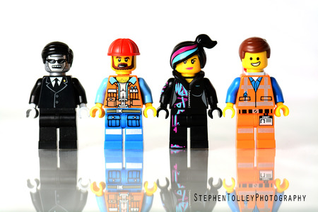 Liskeard, United Kingdom, March 1 2015. A studio shot of just some of the minifigs available from the Lego Movie Lego collection, Lego is extremely popular with child and adult collectors worldwide. Banco de Imagens - 58494717