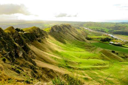 The Wonderful Te Mata Peak in Hawkes Bay NZ. Light and shade and various shades of green 版權商用圖片