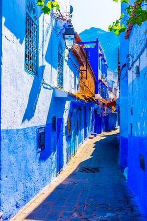 Blue streets of chefchaouen, Morocco Standard-Bild - 115623333