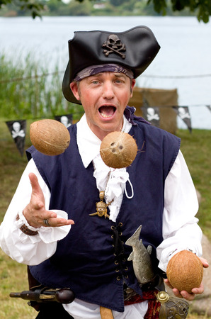 entertainer: Juggling entertainer as a pirate