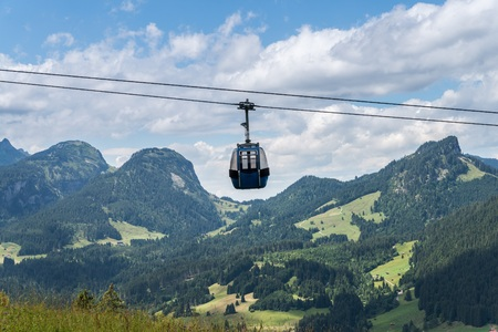 run way: Gondola of a cable car in the Bavarian region Algae, Germany