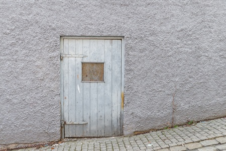 Old historical wooden door with heavy iron fittings, Germany Zdjęcie Seryjne