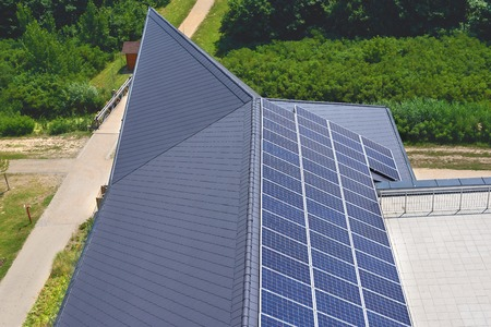 electricity generation: Solar on the roof, detail