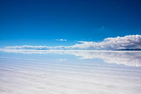 curvature: Salar de Uyuni, Salt Flats, Bolivia