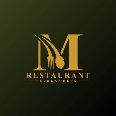 Logo de la lettre initiale M avec cuillère et fourchette pour le modèle de logo de restaurant. Fichier modifiable EPS10.