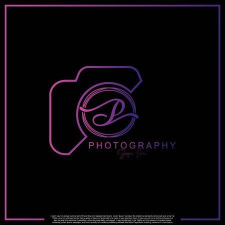 Letra inicial de lujo moderno P con cámara. Plantilla de lujo simple de fotografía de logotipo.