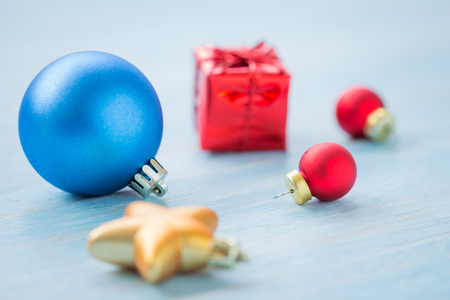 Christmas and Happy New Year holidays background with decoration items, selective focus Standard-Bild - 91271208
