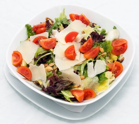 Vegetable salat with lettuce and tomato