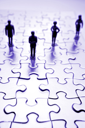 cooperating: People and puzzle