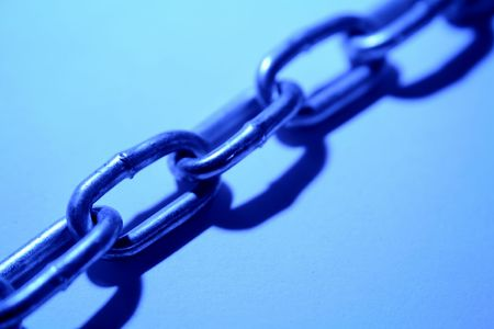 chainlinks: Steel chain links