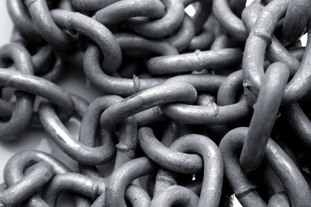 chainlinks: Steel chain