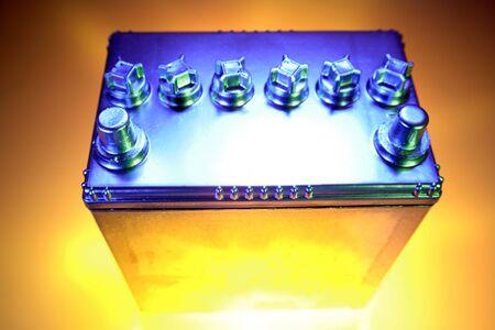 potent: Automotive battery