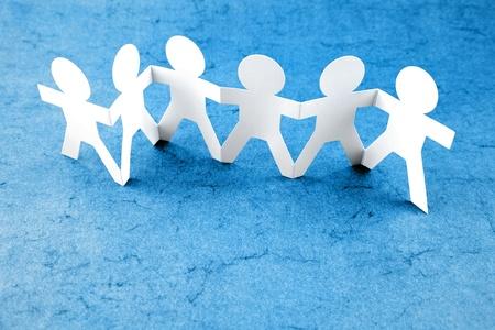 poup�e: Groupe de gens tenant la main