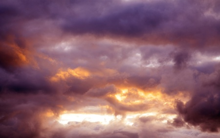 Dark ominous clouds Stock Photo - 9788481