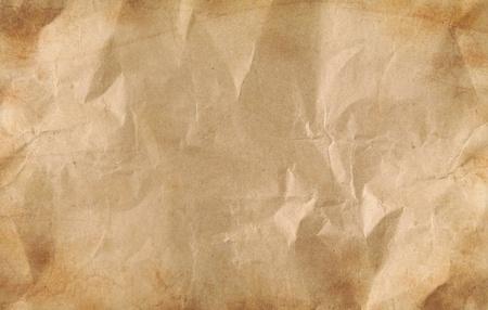 feuille froiss�e: Gros plan de papier froiss� brun