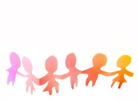 poup�e: Les gens de poup�es de papier tenant par la main Banque d'images