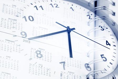 gestion del tiempo: Reloj y la página de diario de las fechas