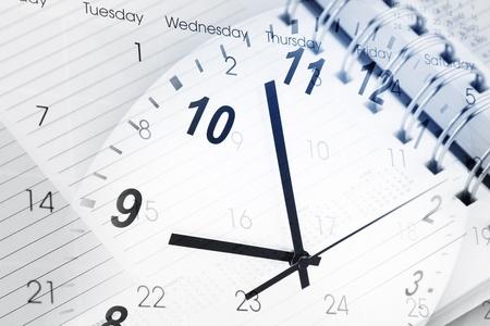 punctual: Cara de reloj, calendario y diario de la página