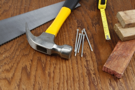 Herramientas de trabajo Various primer en madera