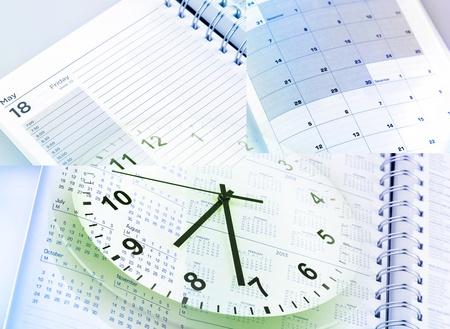 punctual: Reloj, calendarios y páginas de diario