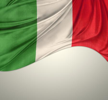 italian flag: Bandiera italiana su sfondo chiaro