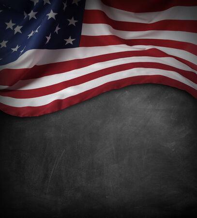 bandera estados unidos: Bandera americana en una pizarra