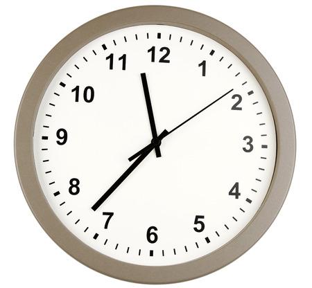 punctual: Reloj aislado en el fondo plano Foto de archivo