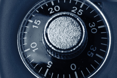 combination lock: Combination lock numbers on dial