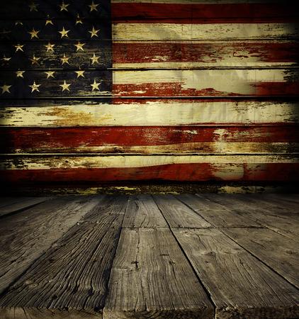 Piso de madeira e da bandeira americana na parede