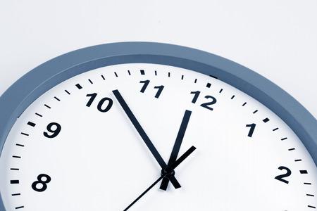 reloj: Closeup en manos de reloj