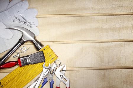 herramientas de trabajo: Diversas herramientas de trabajo en la madera Foto de archivo