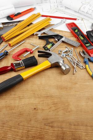work tools: Diversas herramientas de trabajo y planes