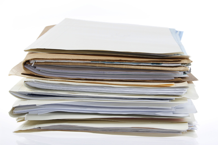 carpeta: Pila de archivos en el fondo plano Foto de archivo