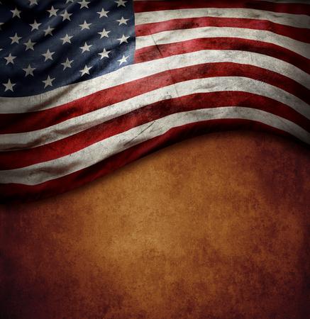 Bandera americana sobre fondo marrón